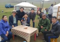 몽골예술인과.jpeg